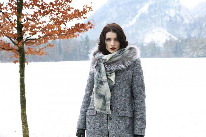 MALA-ALISHA-Cinna-and-fur-scarf